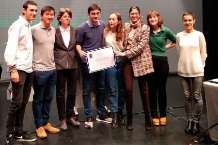 CIC Batxillerats guanya la fase local de la Lliga de debats a la UAB