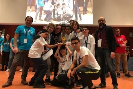 L'equip de robòtica de l'Escola Sant Felip Neri guanya el torneig First Lego League de la UPC